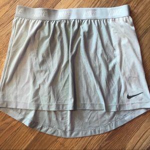 Nike Dri-Fit Golf Skirt Size M